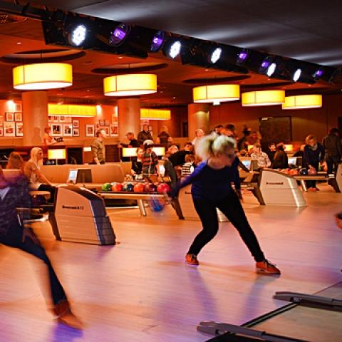 B8 Center Düsseldorf Bowling